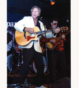 Long Chris guitare - La Légende du Rock' n' Roll